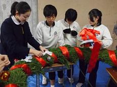 クリスマスリース作り1