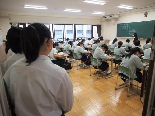 学校見学会・入試説明会02